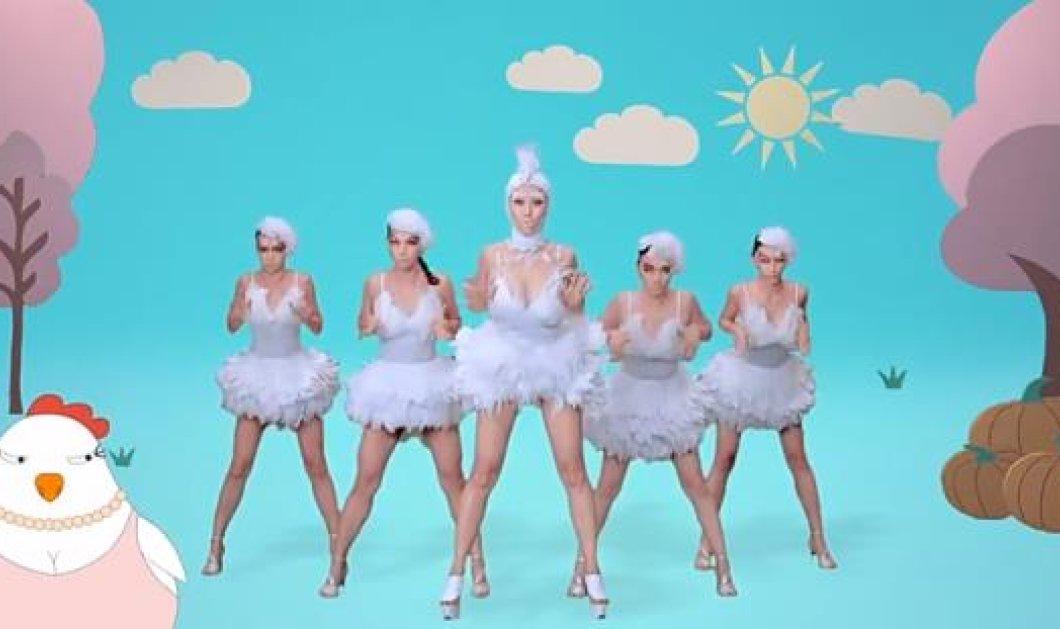 Μόνο στο eirinika.gr: Το νέο «χιτ» αλά Gangnam Style που κάνει όλη την Κίνα αυτή τη στιγμή να χορεύει στον ρυθμό του! - Κυρίως Φωτογραφία - Gallery - Video