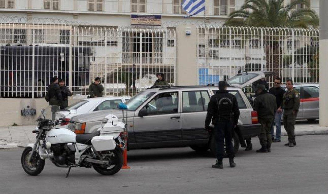 Έληξε ο συναγερμός στον Κορυδαλλό με επέμβαση των ΜΑΤ μετά από εξέγερση κρατουμένων! - Κυρίως Φωτογραφία - Gallery - Video