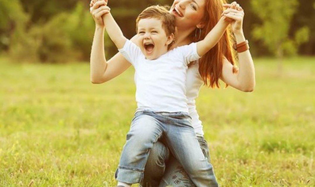 «Αγαπημένη μου μητέρα»: Οι συγκλονιστικές συμβουλές ενός παιδιού προς τη μαμά του για το πώς να το μεγαλώσει σωστά! - Κυρίως Φωτογραφία - Gallery - Video