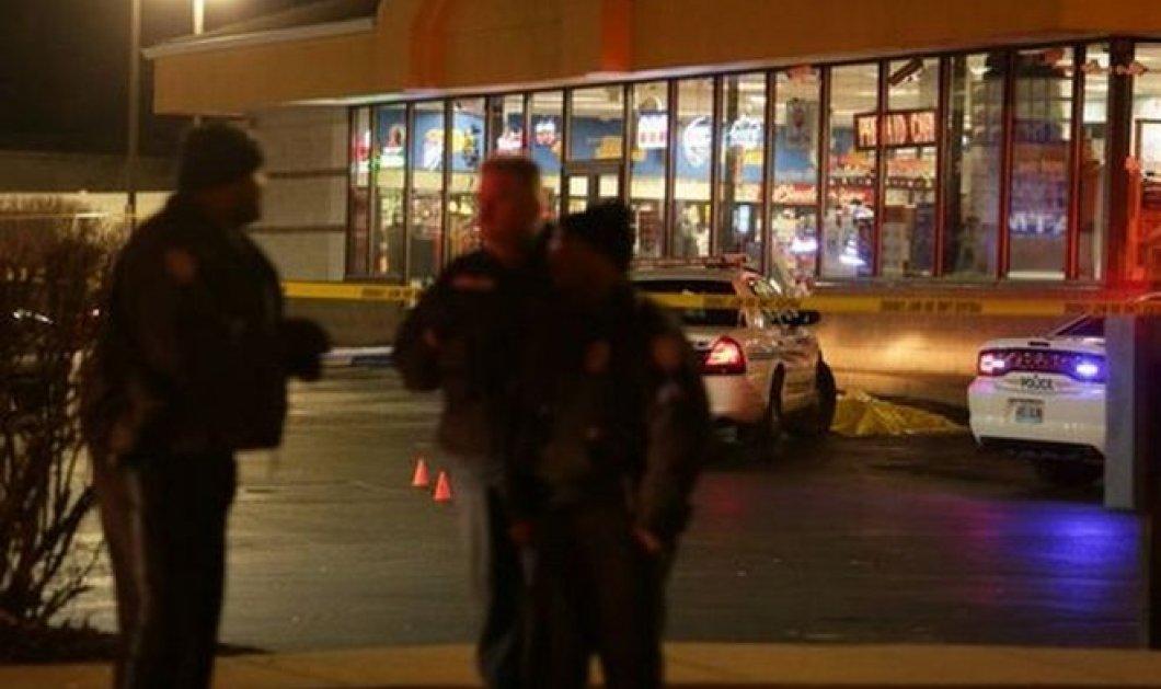 Nέα τραγωδία στις ΗΠΑ: Αστυνομικός σκότωσε 18χρονο Αφροαμερικανό κοντά στο σημείο δολοφονίας του Μπράουν! - Κυρίως Φωτογραφία - Gallery - Video