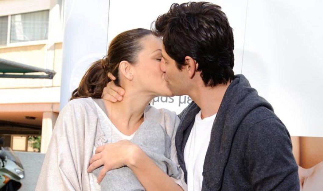 Σάκης Ρουβάς - Κάτια Ζυγούλη: Τα ''καυτά'' φιλιά του όμορφου ζευγαριού πριν το γάμο τους - Κυρίως Φωτογραφία - Gallery - Video