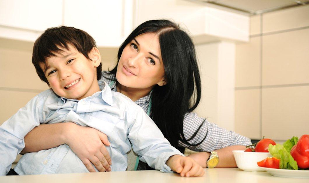 """Όταν τα παιδιά ζητάνε επίμονα γλυκό... o όρος """"με μέτρο"""" διαφοροποιείται! - Κυρίως Φωτογραφία - Gallery - Video"""