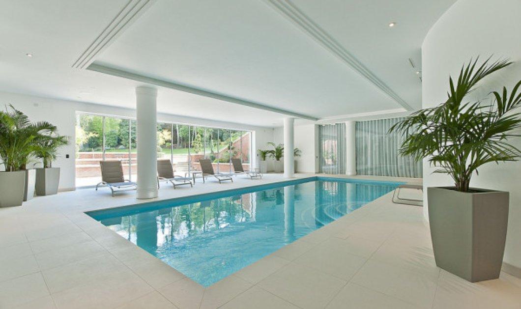 Τι έχει αυτό το σπίτι-μεγαθήριο στο Surrey για να πουλιέται 24 εκ. δολάρια; - Κυρίως Φωτογραφία - Gallery - Video