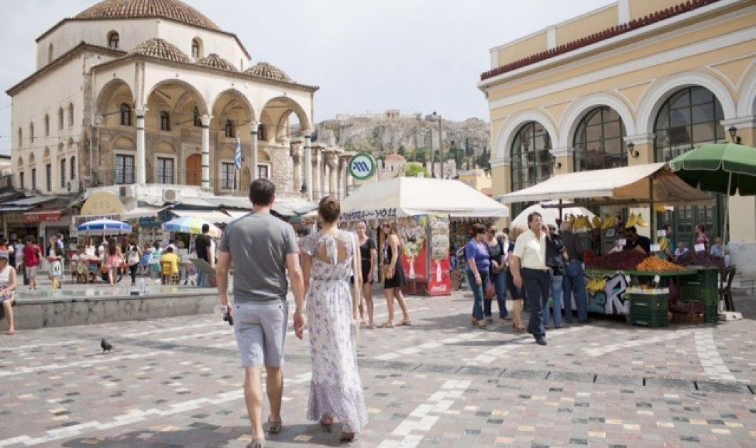 Good News: 120 εκ. ευρω σε φιλοδωρήματα θα αφήσουν φέτος οι τουρίστες στην Ελλάδα - Ποιοι είναι οι πιο γενναιόδωροι - Κυρίως Φωτογραφία - Gallery - Video