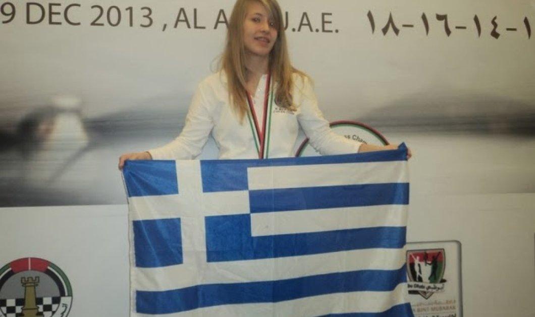 """Top young woman η Σταυρούλα Τσολακίδου - H 15χρονη Παγκόσμια Πρωταθλήτρια στο Σκάκι λέει: """"Στην Καβάλα τα παιδιά μαθαίνουν σκάκι από το δημοτικό'' - Κυρίως Φωτογραφία - Gallery - Video"""