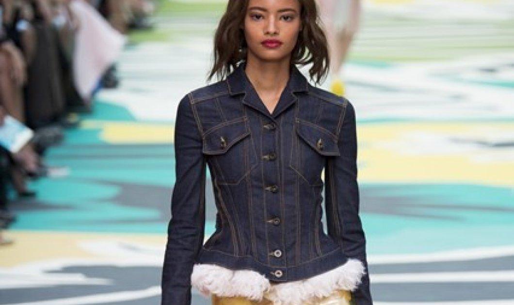 38 φωτογραφίες με τα πιο στιλάτα denim κομμάτια - Πώς να φορέσετε την απόλυτη τάση της άνοιξης σύμφωνα με την Vogue! (Slideshow) - Κυρίως Φωτογραφία - Gallery - Video