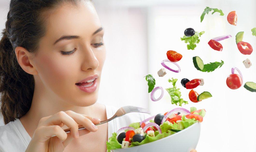 """Κι αν αρxiζαμε να τρώμε για να """"φάμε"""" το αλτσχάιμερ;  Μούρα, σαλάτες και κρασί, οι """"καλοί μας φίλοι""""!  - Κυρίως Φωτογραφία - Gallery - Video"""