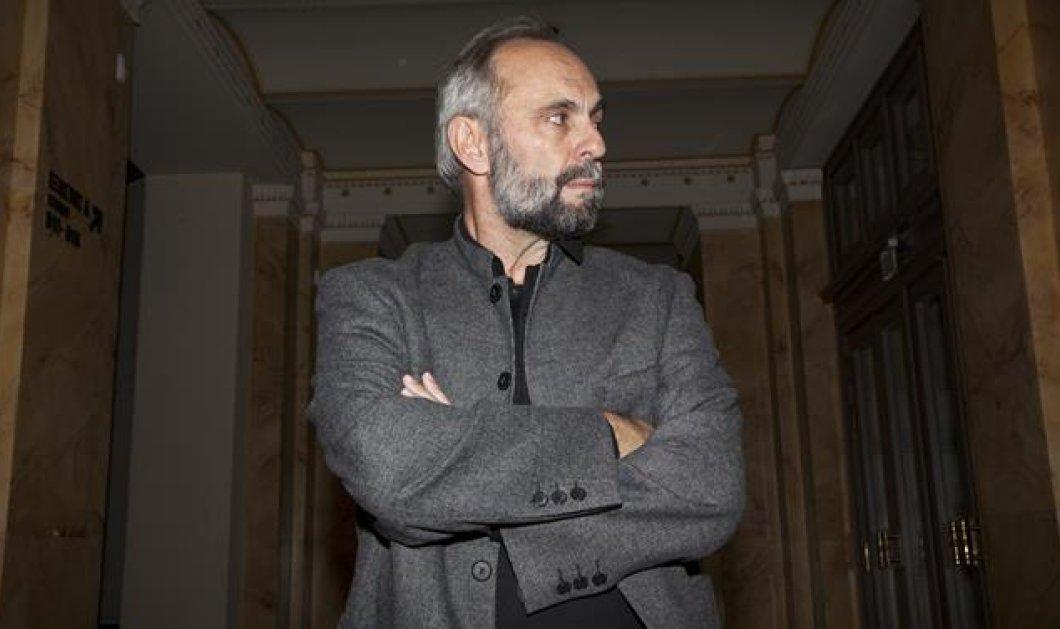 Υπ. Πολιτισμού: Ο Σωτήρης Χατζάκης αρνείται να παραιτηθεί από Καλλιτεχνικός Διευθυντής του Εθνικού Θεάτρου - Κυρίως Φωτογραφία - Gallery - Video