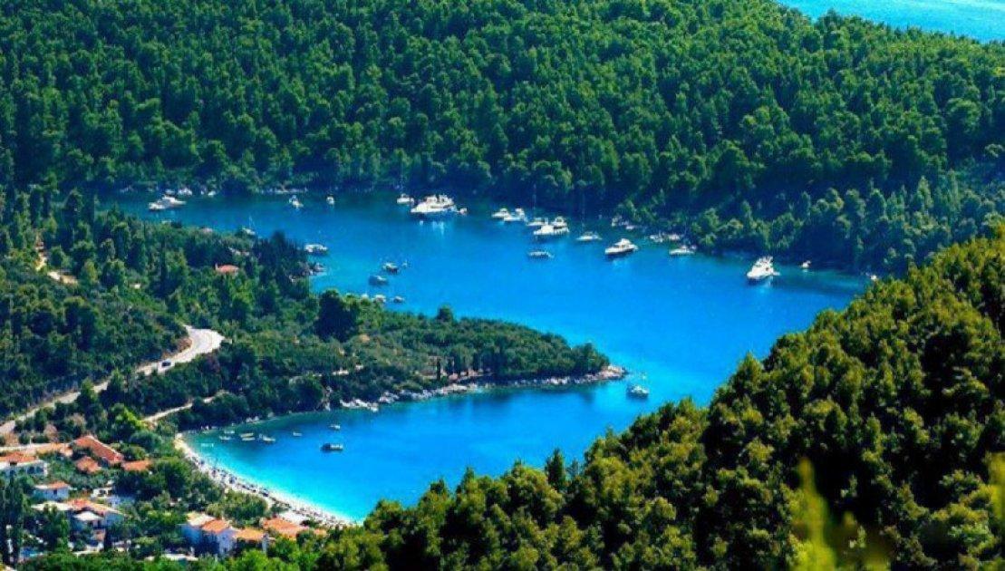 Σκόπελος: Νησί παραμυθένιο «βουτηγμένο» στο πράσινο και τα ...