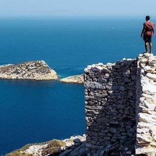 Ίος: Εκεί που το μπλε του ουρανού και της θάλασσας γίνονται ένα (Φωτό: Reasons to Visit Greece / Φωτογράφος: @aris_ziotopoulos) - Κυρίως Φωτογραφία - Gallery - Video
