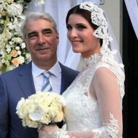 Πατέρας για πρώτη φορά ο Σίμος Κεδίκογλου - Γιο έφερε στον κόσμο η καλλονή σύζυγός του (Φωτό) - Κυρίως Φωτογραφία - Gallery - Video