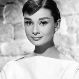 Vintage pics: Η γυναίκα επιτομή της κομψότητας, Audrey Hepburn σε σπάνια κλικς εν ώρα... χορού! - Κυρίως Φωτογραφία - Gallery - Video