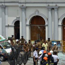 Ματωμένη Κυριακή του Πάσχα στη Σρι Λάνκα - Σκηνές τρόμου από βομβιστικές επιθέσεις -  Πάνω από 100 νεκροί  (φώτο-βίντεο)  - Κυρίως Φωτογραφία - Gallery - Video