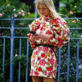 Street style: Αυτά τα υπέροχα φορέματα ήρθαν για να μείνουν - Θα τα φορέσουμε & το φθινόπωρο (φώτο) - Κυρίως Φωτογραφία - Gallery - Video