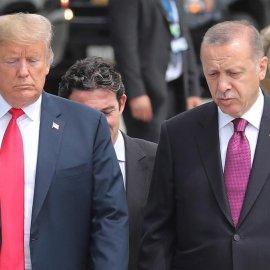 Συρία: Ο Τραμπ απαιτεί από τον Ερντογάν να τερματιστεί αμέσως η  εισβολή - Οικονομικές κυρώσεις στην Τουρκία - Συνεχίζονται οι μάχες στην Μάνμπιτζ (φώτο-βίντεο)   - Κυρίως Φωτογραφία - Gallery - Video