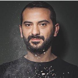 Λεωνίδας Κουτσόπουλος: Το ξεκαρδιστικό του post από την Αντίπαρο – «Τι εννοείς δεν έχω φουσκωτό;» (Φωτό)  - Κυρίως Φωτογραφία - Gallery - Video