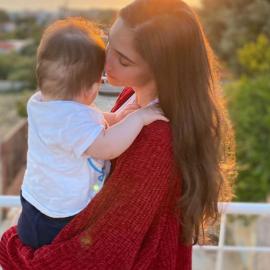 Φωτεινή Αθερίδου: Ο γλύκας γιος της τρόμαξε και έβαλε τα κλάματα – Τι του έκανε η μαμά του; (βίντεο) - Κυρίως Φωτογραφία - Gallery - Video