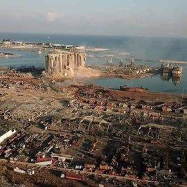 Συγκινητικές εικόνες από την τραγωδία του Λιβάνου: Οικιακή βοηθός αρπάζει & σώζει μικρό κοριτσάκι την ώρα της έκρηξης (Φωτό & Βίντεο)  - Κυρίως Φωτογραφία - Gallery - Video
