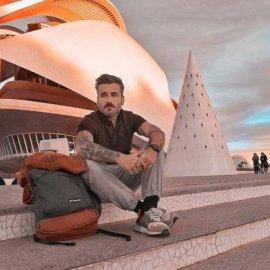 Ο Γιώργος Μαυρίδης δείχνει τη φωτογραφία από το κελί του στο Μεξικό – Η πρώτη ανάρτηση της συντρόφου του (Φωτό & Βίντεο)  - Κυρίως Φωτογραφία - Gallery - Video