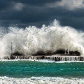 Καιρός: Ισχυρές βροχές & καταιγίδες - Πτώση της θερμοκρασίας σήμερα  - Κυρίως Φωτογραφία - Gallery - Video