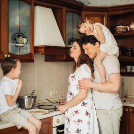 Σπύρος Σούλης: Έχετε μικρή κουζίνα; Σχεδιάστε την πρακτικά με αυτά τα 7 Tips που συνδυάζουν στιλ και λειτουργικότητα - Κυρίως Φωτογραφία - Gallery - Video