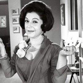 Σπάνια vintage Pic : Η Ρένα Βλαχοπούλου στην κουζίνα - Τι μαγειρεύει η μεγάλη κυρία του ελληνικού κινηματογράφου; (φώτο) - Κυρίως Φωτογραφία - Gallery - Video