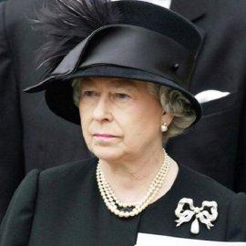 Ενιαίο dress code για τους Πρίγκιπες στην κηδεία του Φίλιππου - Δεν θα βάλουν στρατιωτικές στολές με εντολή της βασίλισσας Ελισάβετ (φώτο)  - Κυρίως Φωτογραφία - Gallery - Video