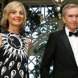 Ποια είναι η Helene Mercier: Σύζυγος του Mr Louis Vuitton -  Bernard Arnault - H πιανίστα που ερωτεύτηκε έναν από τους πλουσιότερους άνδρες στον κόσμο (φώτο-βίντεο) - Κυρίως Φωτογραφία - Gallery - Video