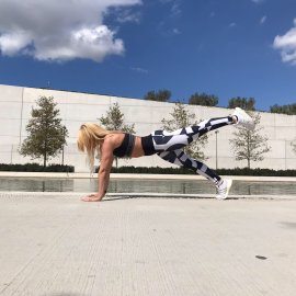 Μαρία Μαραγιάννη: Ασκήσεις Pilates που σμιλεύουν όλο το σώμα - Σανίδες από τις 3 θέσεις (φώτο) - Κυρίως Φωτογραφία - Gallery - Video