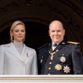Ξανά χωρίς την πριγκίπισσα Σαρλίν ο Αλβέρτος του Μονακό - Τον συνόδευσαν τουλάχιστον τα δίδυμα πριγκιπόπουλα Γκαμπριέλα & Ζακ (φωτό) - Κυρίως Φωτογραφία - Gallery - Video