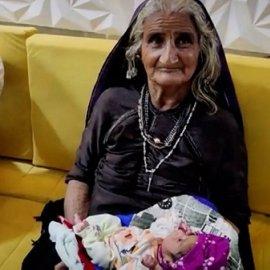 Έγινε μαμά στα 70: Ένα υγιέστατο αγοράκι απέκτησε μια Ινδή με τον 75χρονο σύζυγό της (φωτό & βίντεο) - Κυρίως Φωτογραφία - Gallery - Video