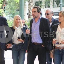 Στους δρόμους της Αθήνας Μαρί Σαντάλ και Τατιάνα Μπλάτνικ με τους συζύγους τους - Όλα έτοιμα για το γάμο του μικρού αδερφού (φωτό) - Κυρίως Φωτογραφία - Gallery - Video