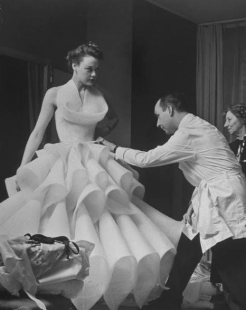 6729ca0453 Christian Dior  Ο άνθρωπος συνώνυμο της Γαλλικής μόδας πέθανε από ...