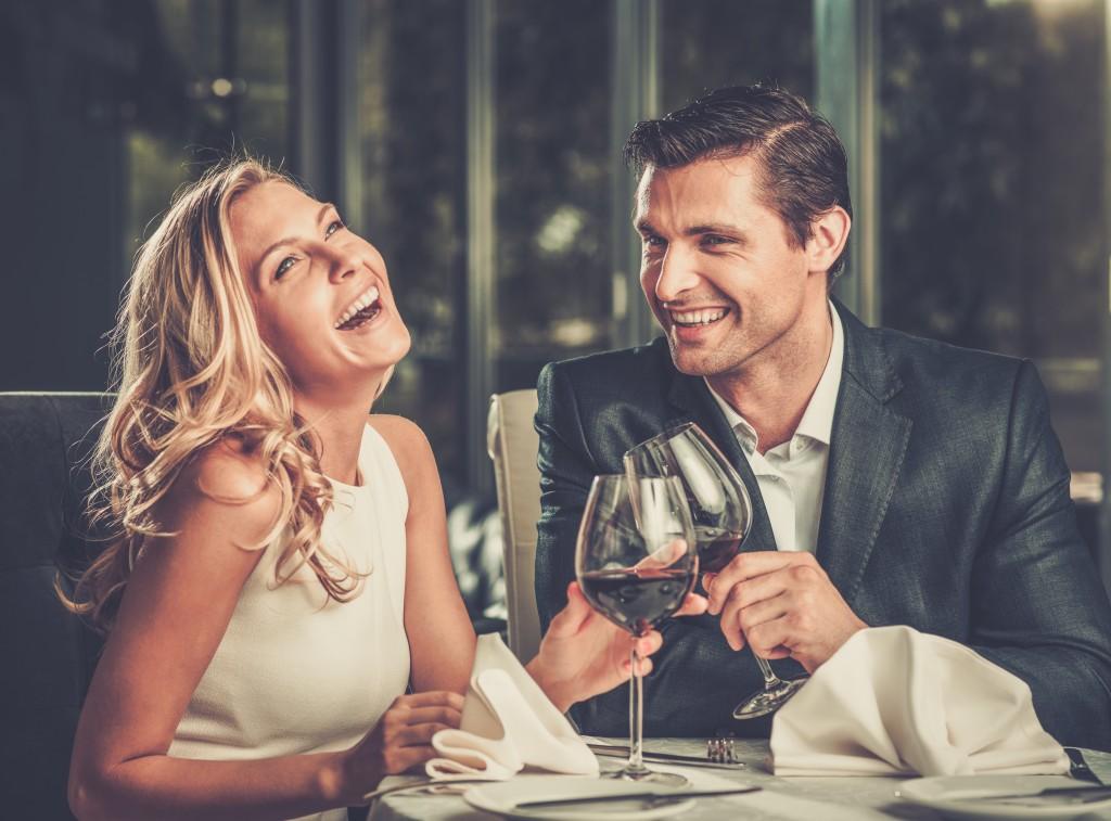 Άρθρα που αναθεωρούνται από ομοτίμους σχετικά με online dating